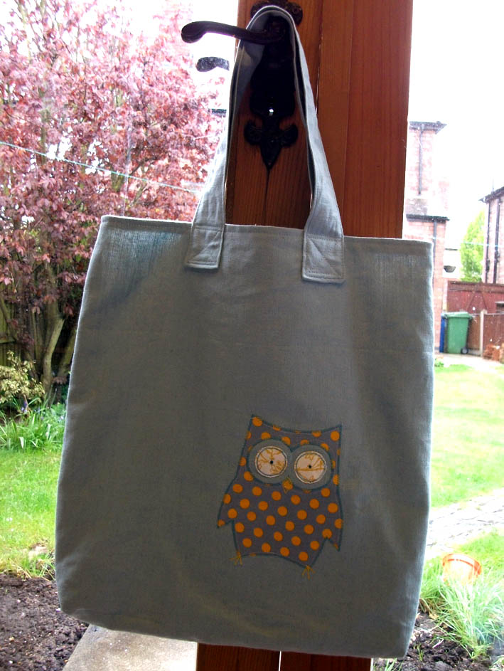Owl tote 3