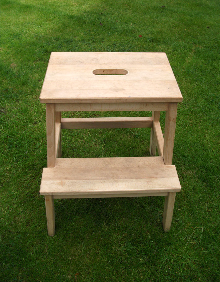 ... furniture or picture frames in emulsion as the choice of colour is so  much greater than that on offer in satinwood or gloss. Onto the bare wood  goes a ...