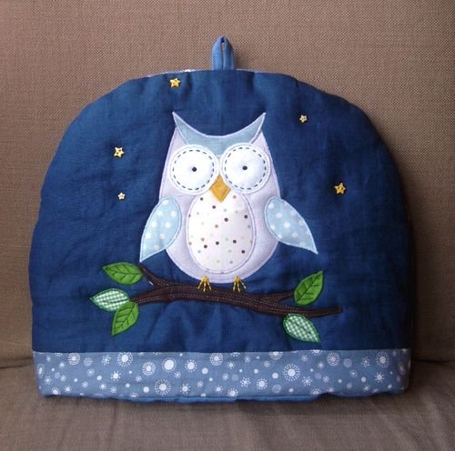 Owl cosy front